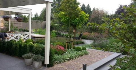 Project: moergestel grootte tuin 2013